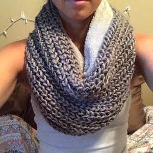 Juicy couture tube scarf